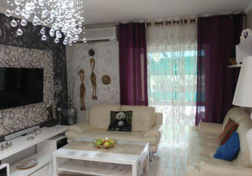 דירת גן למכירה באריאל ברובע ב בדרך הציונות