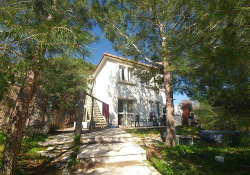 בתים למכירה בברקן באשל