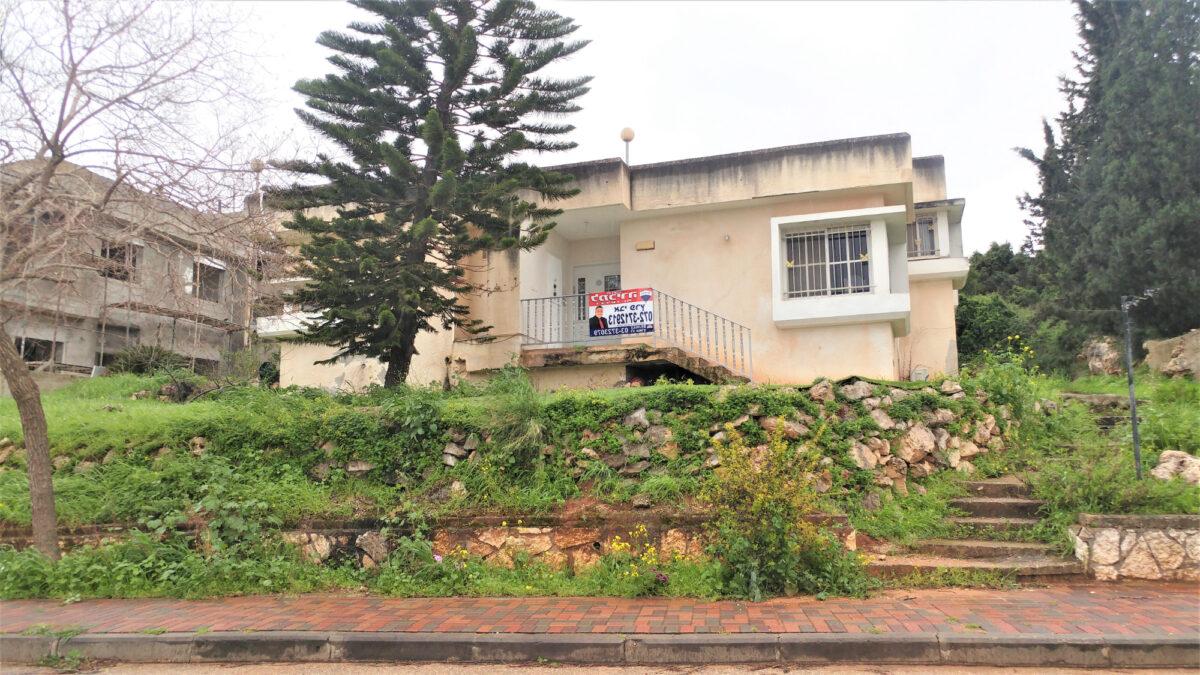 בתים למכירה בנופים בברוש