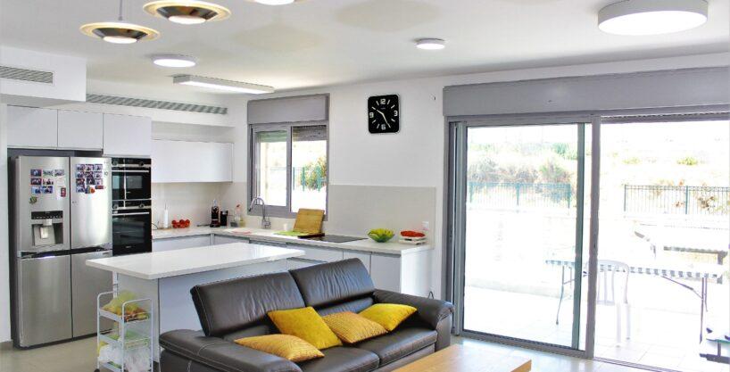 דירות למכירה באריאל בערבה